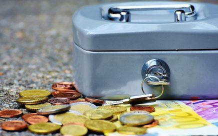 Vermietung und Verkauf von Umzugskartons, Packdecken, Kleiderkisten